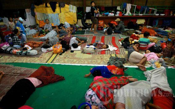 20130116_Korban_Banjir_Mengungsi_5304